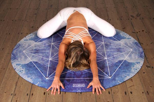 el yoga reduce el colesterol