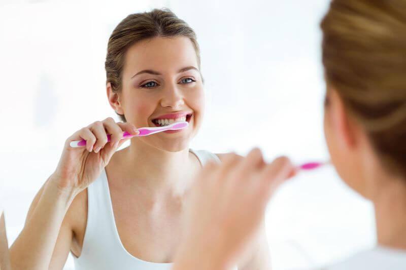 lavando los dientes