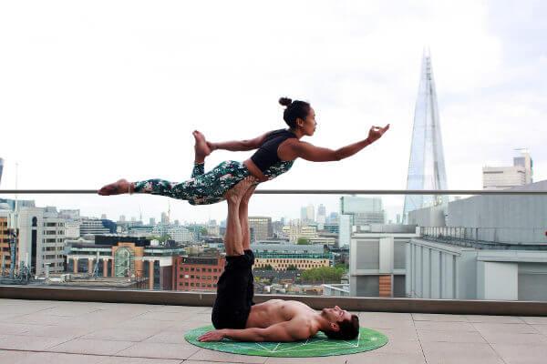 ventajas para fortalecer el cuerpo con yoga
